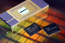 Свои первые микросхемы DDR3 компания Samsung Electronics представила около трех лет назад