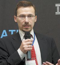 Ярослав Медокс: «Архитектура, позволяющая интегрировать автоматизированный процесс банка свнешними решениями партнеров, обеспечила быстрый вывод на рынок новых продуктов потребительского кредитования»