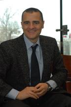 По словам Лучио Фурлани, приобретение поставщиков новых программных продуктов помогает повышать и продажи