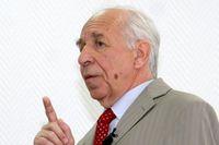 По мнению Виктора Дворковича, «коммерциализация» разработок ФГУП ГРЦ является задачей заинтересованных государственных ведомств.
