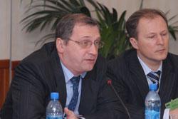 Александр Ласый (слева): Иногда невозможно получить требуемую мощность в конкретном месте из-за неразвитости распределительной инфраструктуры. Андрей Соколов (справа) подтвердил, что