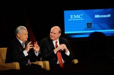 Руководители Microsoft и EMC объявили о продлении на три года соглашения о технологическом сотрудничестве, в рамках которого корпорации будут работать над
