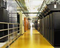 В Intel подчеркивают, что до 23% всех расходов, связанных с развертыванием и эксплуатацией серверов, приходится на электроэнергию и охлаждение, и снижение этого показателя является одним из наиболее эффективных способов уменьшения затрат