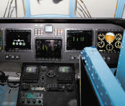 Кабину тренажера невозможно отличить от кабины боевой машины