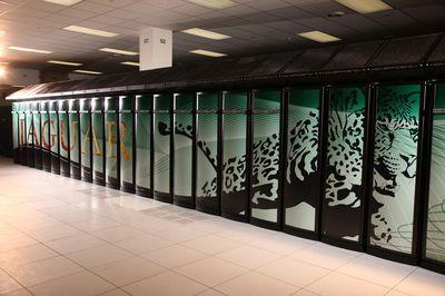 После проведенной модернизации суперкомпьютер Jaguar из лаборатории в Окридже с 224162 процессорными ядрами достиг производительности 1,759 PFLOPS