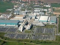 AMD вложит вновую производственную компанию права на интеллектуальную собственность изаводы вДрездене