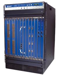 устройства серии SRX 5800 обеспечивают производительность межсетевого экрана на уровне 120 Гбит/с