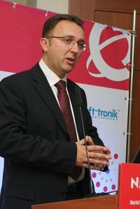 Питер Ньюкомб: «Nortel не станет заниматься разработкой и производством базовых станций мобильной связи, предпочитая использовать оборудование партнеров».