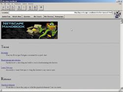 Свою историю Netscape Navigator ведет с1994 года, когда Марк Андриссен иДжим Кларк создали компанию Mosaic Communications. Воснову их продукта лег написанный Андриссеном Web-браузер. Его первая версия вышла 15 декабря 1994 уже под новым названием, чтобы урегулировать конфликт по поводу марки Mosaic c Иллинойским университетом