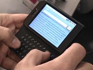 Возможно, самым многообещающим телефоном года оказалась модель HTC T-Mobile G1