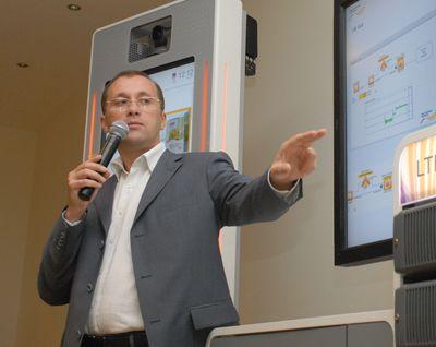 Михаил Старовойтов считает бессмысленным поиск нового «убийственного» приложения, ведь со временем у людей не появляются новые органы чувств.