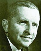 Легендарный Росс Перо основал компанию EDS в 1962 году, возможно, первым предложив своим клиентам самый широкий набор компьютерных услуг