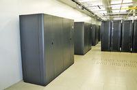 Рисунок 7. ЦОД ISG рассчитаны на обслуживание вычислительных мощностей крупных корпоративных клиентов, хранение и обработку данных с защищенной сетевой инфраструктурой. Они предоставляют каналы связи до крупных коммутационных узлов (ММТС 9 и ММТС 10). Расчетный срок строительства каждого нового ЦОД ISG составляет 6-12 месяцев, а средние затраты — около 100 млн руб. на 300 стоек.