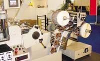 Частая практика — установка внешних модулей намотки и размотки. Натяжение полотна в данном случае регулируется с помощью валиков на внешнем устройстве