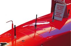 Вряд ли кто-нибудь обращал внимание на четыре малозаметные антенны на носу болида Ferrari, а между тем именно они порой могут определить исход состязания