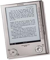 За 300 долл. покупатели получат устройство всеребристом или темно-синем корпусе размером собычную книгу, которое может вместить всебя до 160 книг