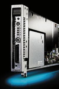 Водной стойке можно разместить 280 лезвий HP BladeSystem bc2800 или bc2200