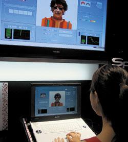 В первом прототипе ноутбука Qosmio на базе SpursEngine были реализованы возможности распознавания лиц; демонстрируемая на выставке CEATEC программа позволяла «виртуально» наложить на лицо косметику иизменить прическу, азатем показать результат втрехмерном изображении