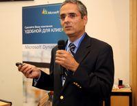 По словам Макса Фатуречи, Microsoft совершенствует модель лицензирования Microsoft Dynamics CRM