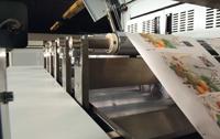 В декабре 2007 г. была представлена Oce JetStream с пьезоструйной технологией печати: капли переменного размера DigiDot, нагрузка 60 млн отт./месяц, производительность до 5580 тыс. погонных м/месяц