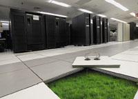 Ведущие производители реализуют масштабные инициативы по обеспечению энергоэффективности своих продуктов; так, на проект IBM Project Big Green предполагается направить миллиард долларов