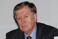 Петр Баулин подчеркнул, что за неоднократное использование нелицензионных программ компания может подвергнуться ликвидации