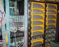 Серверы хранения 3PAR, выпущенные в2002 году, предназначены специально для центров обработки данных, вкоторых используется виртуализация, иупрощают управление хранением втаких средах