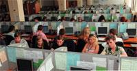 Операторские места контакт-центра в Калуге оснащены IP-телефонами Avaya, которые подключены непосредственно к серверам московского центра