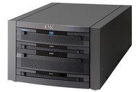 В Celerra NS-120 устанавливается один или два контроллера, а емкость дискового пространства достигает 64 Тбайт
