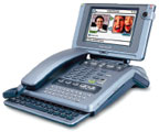 Видеотелефон фирмы Amstrad в привычном форм-факторе с выдвижной клавиатурой