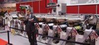 Директор по продажам Omet Марко Кальканьи представляет линейную машину X-Flex