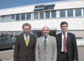 Слева направо: территориальный руководитель отдела продаж Райнер Бук, генеральный директор Hugo Beck Хорст Хайман, генеральный директор