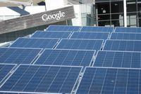 Солнечные батареи Sharp получили благодаря компании Google, решившей использовать батареи этой марки при строительстве солнечной электростанции на крыше своей штаб-квартиры в Маунтин-Вью