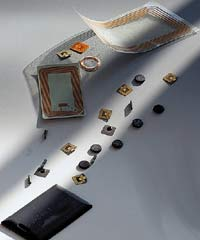 RFID-метки идеально подходят для скрытого наблюдения. Сейчас пассивные метки RFID стоят меньше 20 центов за штуку. Технология настолько дешева, что можно пометить очень иочень много объектов за довольно скромную сумму