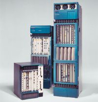 Оборудование Cisco для корпоративных и операторских сетей изначально работало под управлением IOS