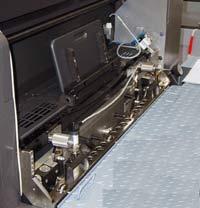 Flexokit устанавливается в лакировальную секцию печатной машины вместо обычной камер-ракельной системы