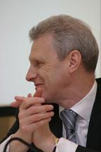 Андрей Фурсенко заверил, что в Минобрнауки понимают остроту кадровой проблемы