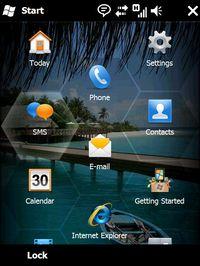 В Windows Mobile 6.5 большинство элементов достаточно крупные для того, чтобы можно было выбирать их пальцем на сенсорном экране, а не указывать с помощью пера или нажимать клавиши для выделения нужных пунктов меню