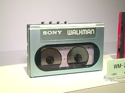 Sony WM-20 Walkman (2)