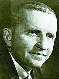 Росс Перо, создавший Perot Systems, в свое время основал и Electronic Data Systems - первую компанию, выбравшую своей специализацией оказание профессиональных ИТ-услуг, сначала проданную General Motors, затем вновь ставшую самостоятельной и наконец вошедшую в состав HP