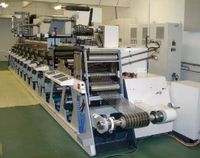 В состав каждой печатной секции 8-красочной сервоприводной машины Nilpeter FA-4 включены валы водяного охлаждения, позволяющие печатать на термочувствительных материалах
