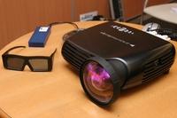 Проектор F10 Active Stereo 3D можно использовать и для выездных презентаций