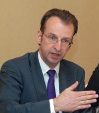 Ян Хоф признает, что его компания пока не может похвастать ростом финансовых показателей