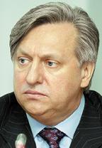Как подчеркнул генеральный директор НИИР Валерий Бутенко, новый вычислительный комплекс необходим институту для решения целого спектра задач в области электросвязи