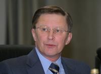 Сергей Иванов призвал руководителей отраслевых ведомств и предприятий помочь превратить технологии информации и связи в эффективный инструмент структурной перестройки российской экономики