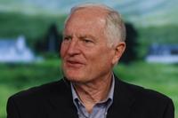 Крейг Барретт выделил четыре глобальные сферы, от состояния которых зависит благополучие человечества: образование, экономическое развитие, здравоохранение и охрана окружающей среды