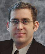 Алан Липтон — директор по технологиям компании ObjectVideo. Находящаяся у него в подчинении команда из 50 ученых и инженеров разрабатывает и переводит на коммерческую основу технологии компьютерного наблюдения, которые находят применение в системах безопасности, наблюдения и бизнес-анализа