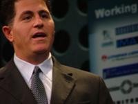 В течение многих лет Dell оставалась номером один на очень конкурентном рынке персональных компьютеров. Достигнуть этого компании удалось за счет не имеющего себе равных управления логистикой и приверженности модели прямых продаж. Но к 2006 году с позиции мирового лидера рынка ПК ее сместила компания Hewlett-Packard. Казалось, что Dell теряет темп, в то время как конкуренты внедряют усовершенствованные методы управления поставками, а начатое расследование методов бухгалтерского учета в компании вынудило ее отложить публикацию очередного финансового отчета. В январе 2007 года основатель компании Майкл Делл вернулся на пост директора, а компания начала наращивать ассортимент предложений для корпоративных клиентов, расширила сервис для среднего бизнеса и отошла от своей традиционной модели продаж, приступив к продажам через розничные магазины. В Dell планируют расширять бизнес на растущих рынках по всему миру. Первые результаты новой стратегии обнадеживают