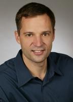 Генеральный менеджер группы высокопроизводительных вычислений в Microsoft Кирилл Фаенов рассчитывает заинтересовать новым продуктом тех, кто работает в финансовой, аэрокосмической, автомобильной отрасли, в науке и медицине
